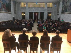 Fra diskusjonen i Aulaen. Foto: Hein Bjerck.